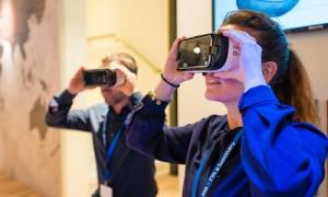 【新闻图片】借助虚拟现实(VR)技术,昕诺飞为客户提供可视化照明体验 02_副本