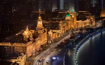 昕诺飞智能互联照明为上海外滩夜景增光添彩